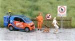 Hund, Hundekot und Kotbeseitigungsdienst in 1:87 (Prospekt der Firma Busch 2008)