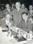 Peco Bauwens, der Münchner OB Max Wimmer und F. Walter